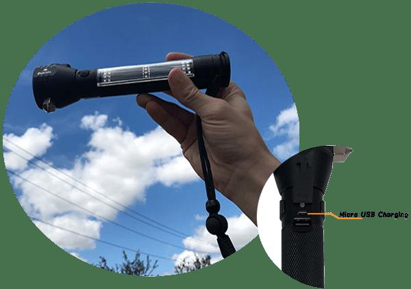 Solar charge flashlight